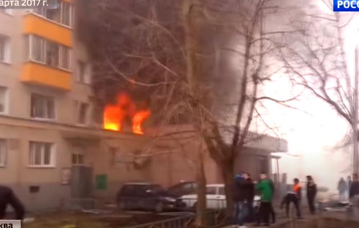 На пожаре в Москве детей спасали скинхеды, а слава досталась чеченцам