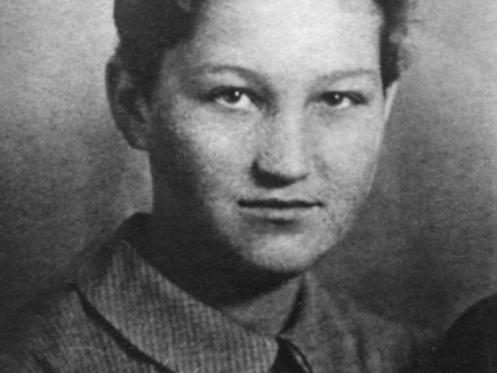 Zoya Kosmodemyanskaya - arsonist of houses