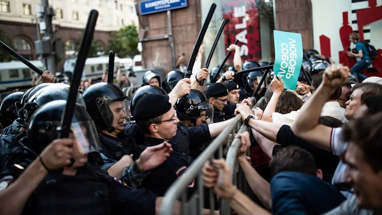 В России ужесточили наказания за митинги