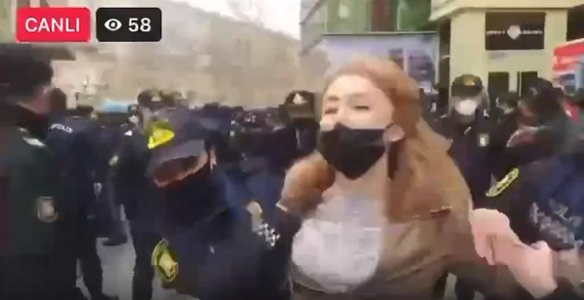 Феминистки попытались провести акцию в Баку