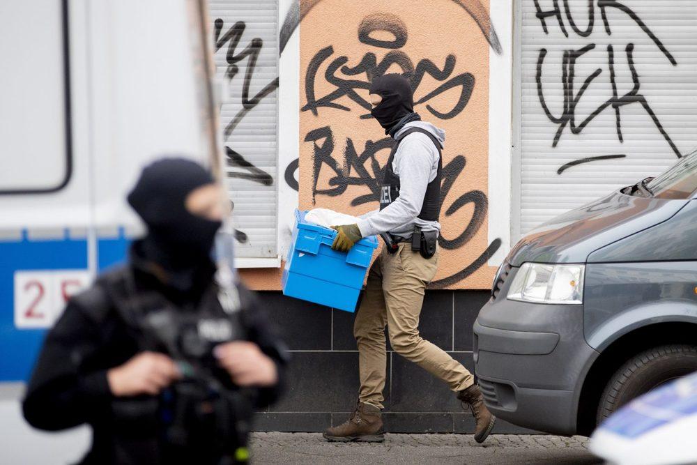В Германии исламисты заработали на коронавирусе