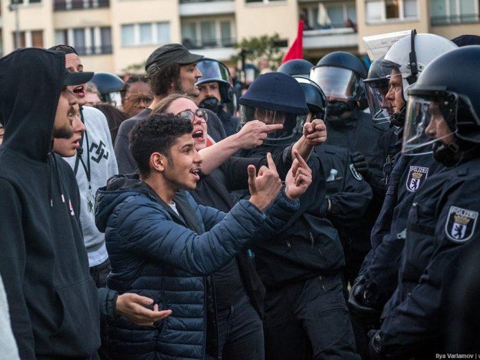 Левые в Саксонии решили бороться с депортацией мигрантов
