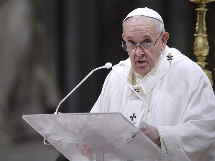 Папа Франциск выступает за открытость для мигрантов